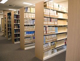 qrc-library-shelves